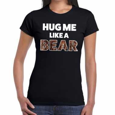 Baby hug me like a bear tekst t shirt zwart dames knuffel