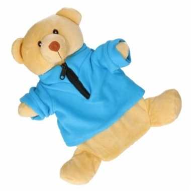 Baby kinderkruik beige beer blauwe trui knuffel