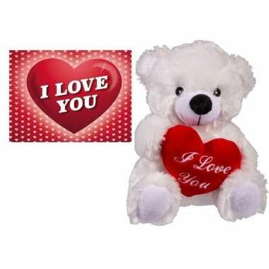 Baby valentijn valentijnsdag cadeau wit beertje hartje valentijnskaar