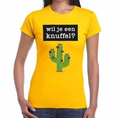 Baby wil je een knuffel tekst t shirt geel dames